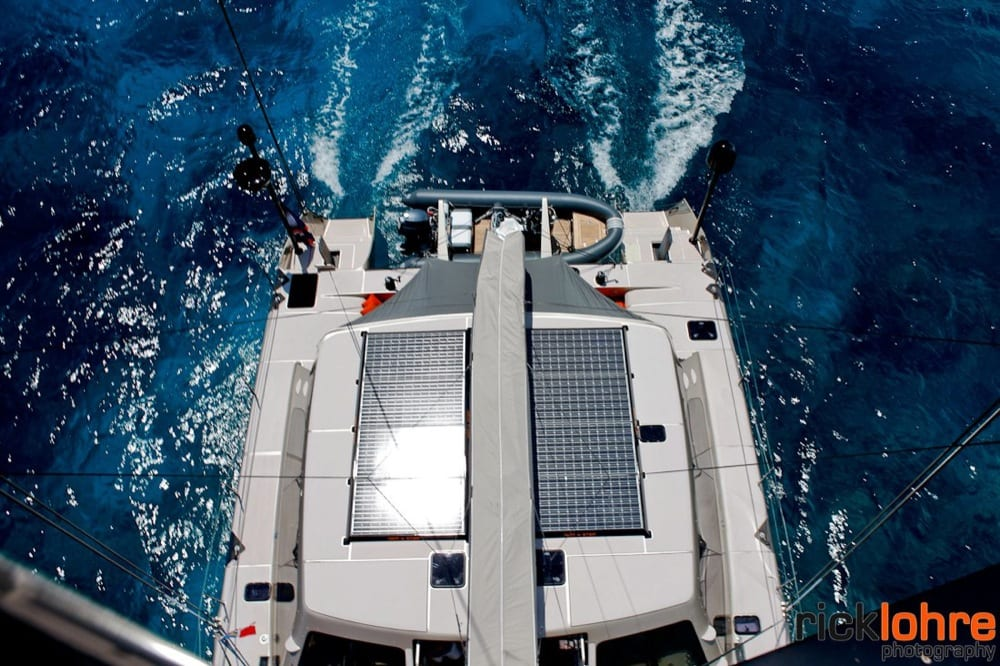 Cabin roof and aft