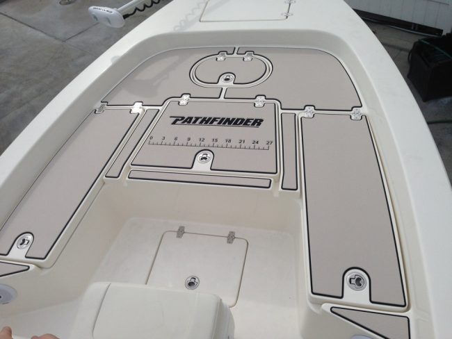 Castaway Customs 2200 Tournament Edition Bay Boat Pathfinder Custom SeaDek Marine Flooring